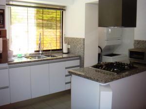 Apartamento En Venta En Caracas - Santa Fe Norte Código FLEX: 19-13667 No.4
