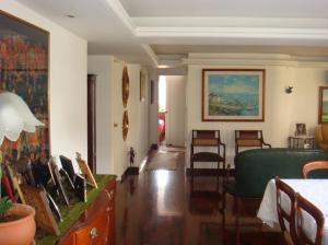 Apartamento En Venta En Caracas - Santa Eduvigis Código FLEX: 19-13673 No.5