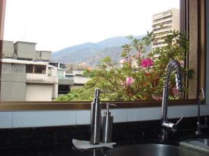 Apartamento En Venta En Caracas - Santa Eduvigis Código FLEX: 19-13673 No.13