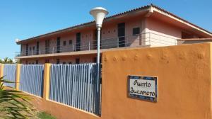 Apartamento En Venta En Higuerote - Higuerote Código FLEX: 19-13677 No.2