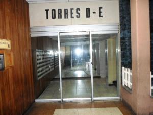 Apartamento En Venta En Caracas - Parroquia La Candelaria Código FLEX: 19-13686 No.3