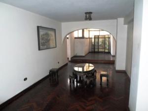 Apartamento En Venta En Caracas - Parroquia La Candelaria Código FLEX: 19-13686 No.5