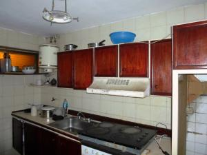 Apartamento En Venta En Caracas - Parroquia La Candelaria Código FLEX: 19-13686 No.6