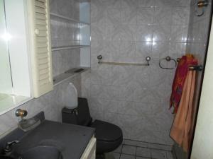 Apartamento En Venta En Caracas - Parroquia La Candelaria Código FLEX: 19-13686 No.17