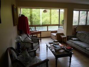 Apartamento En Venta En Caracas - Las Esmeraldas Código FLEX: 19-13715 No.2