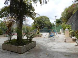 Apartamento En Venta En Caracas - Las Esmeraldas Código FLEX: 19-13715 No.15