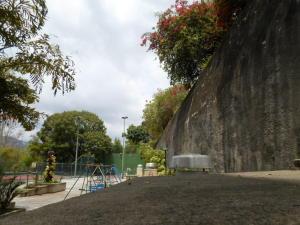 Apartamento En Venta En Caracas - Las Esmeraldas Código FLEX: 19-13715 No.17