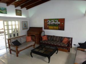 Casa En Venta En Caracas - La Lagunita Country Club Código FLEX: 19-13716 No.3