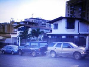 Casa En Venta En Caracas - La Boyera Código FLEX: 19-13717 No.0