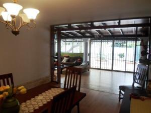 Casa En Venta En Caracas - La Boyera Código FLEX: 19-13717 No.8