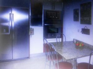 Casa En Venta En Caracas - La Boyera Código FLEX: 19-13717 No.11