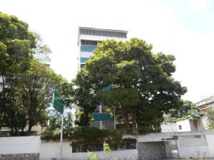 Apartamento En Venta En Caracas - Altamira Código FLEX: 19-13729 No.0