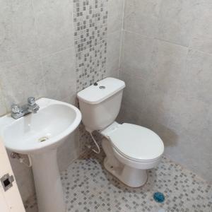 En Venta En Valencia - Campo Alegre Código FLEX: 19-14073 No.10