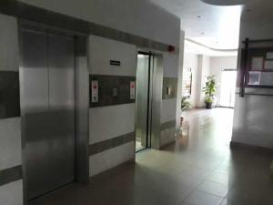 Apartamento En Venta En Valencia - Las Chimeneas Código FLEX: 19-14530 No.16