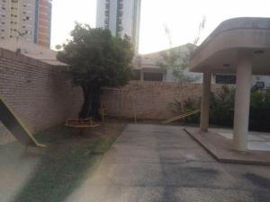 Apartamento En Venta En Valencia - Los Mangos Código FLEX: 19-14471 No.9