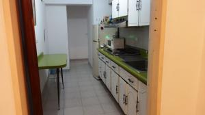 En Alquiler En Caracas - El Marques Código FLEX: 19-14528 No.2