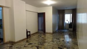En Alquiler En Caracas - El Marques Código FLEX: 19-14528 No.8