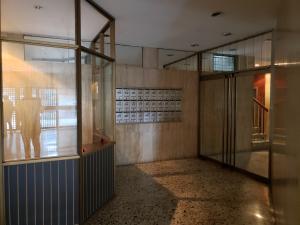 Apartamento En Venta En Caracas - Los Palos Grandes Código FLEX: 19-14551 No.1