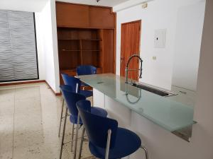 Apartamento En Venta En Caracas - Los Palos Grandes Código FLEX: 19-14551 No.14