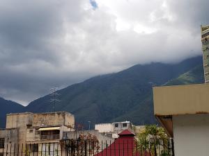 Apartamento En Venta En Caracas - Los Palos Grandes Código FLEX: 19-14551 No.8