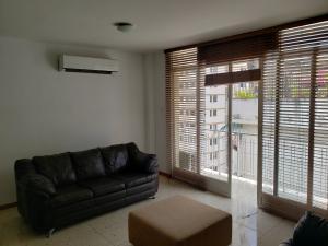 Apartamento En Venta En Caracas - Los Palos Grandes Código FLEX: 19-14551 No.6