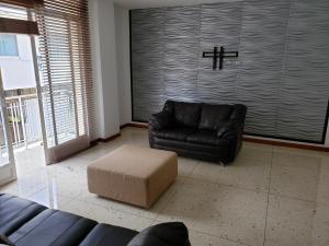 Apartamento En Venta En Caracas - Los Palos Grandes Código FLEX: 19-14551 No.4