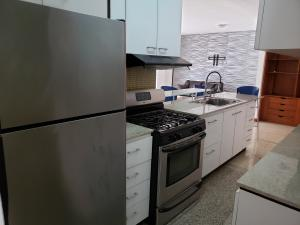 Apartamento En Venta En Caracas - Los Palos Grandes Código FLEX: 19-14551 No.13