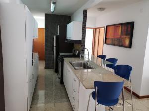 Apartamento En Venta En Caracas - Los Palos Grandes Código FLEX: 19-14551 No.11