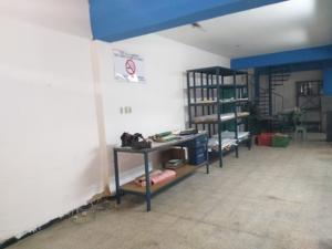 Local Comercial En Alquiler En Caracas - Parroquia Altagracia Código FLEX: 19-14560 No.1