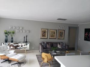 Apartamento En Venta En Caracas - Colinas de Valle Arriba Código FLEX: 19-12962 No.8