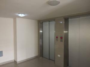 Apartamento En Venta En Valencia - Agua Blanca Código FLEX: 19-14828 No.1