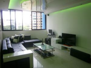Apartamento En Venta En Valencia - Valles de Camoruco Código FLEX: 19-14834 No.3
