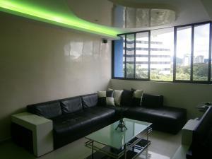 Apartamento En Venta En Valencia - Valles de Camoruco Código FLEX: 19-14834 No.4