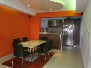 Apartamento En Venta En Valencia - Valles de Camoruco Código FLEX: 19-14834 No.6