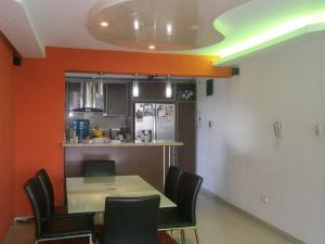 Apartamento En Venta En Valencia - Valles de Camoruco Código FLEX: 19-14834 No.7