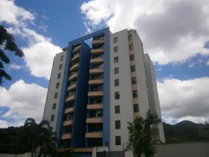 Apartamento En Venta En Valencia - Valles de Camoruco Código FLEX: 19-14834 No.0