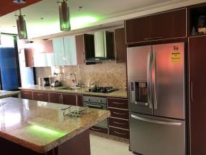 Apartamento En Venta En Valencia - Valles de Camoruco Código FLEX: 19-14834 No.10