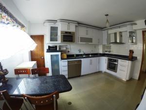 Apartamento En Venta En Caracas En La Florida - Código: 19-15402