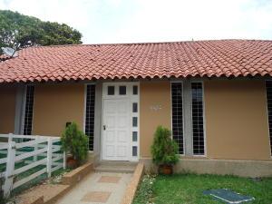Casa En Venta En Caracas - El Marques Código FLEX: 19-15877 No.1