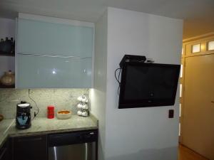 Casa En Venta En Caracas - El Marques Código FLEX: 19-15877 No.3
