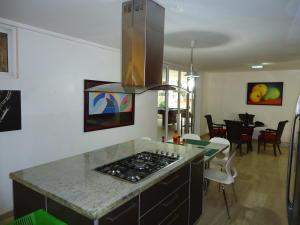 Casa En Venta En Caracas - El Marques Código FLEX: 19-15877 No.4