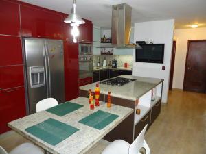 Casa En Venta En Caracas - El Marques Código FLEX: 19-15877 No.6
