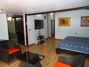 Casa En Venta En Caracas - El Marques Código FLEX: 19-15877 No.14