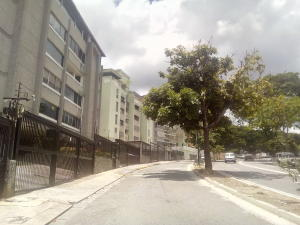Apartamento En Venta En Caracas - Cumbres de Curumo Código FLEX: 19-15920 No.2