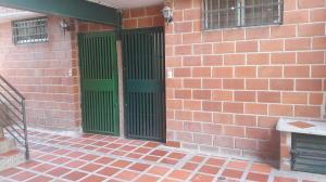 Apartamento En Venta En Guarenas - Nueva Casarapa Código FLEX: 19-15953 No.1