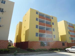 Apartamento En Venta En Maracay - Coropo Código FLEX: 19-16201 No.1
