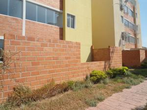 Apartamento En Venta En Maracay - Coropo Código FLEX: 19-16201 No.14