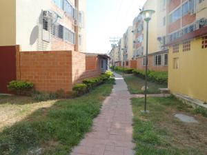 Apartamento En Venta En Maracay - Coropo Código FLEX: 19-16201 No.15