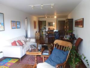 Apartamento En Venta En Caracas - Los Dos Caminos Código FLEX: 19-16852 No.3
