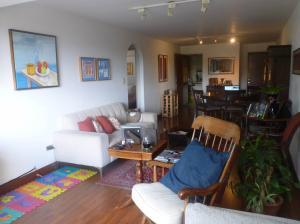 Apartamento En Venta En Caracas - Los Dos Caminos Código FLEX: 19-16852 No.4